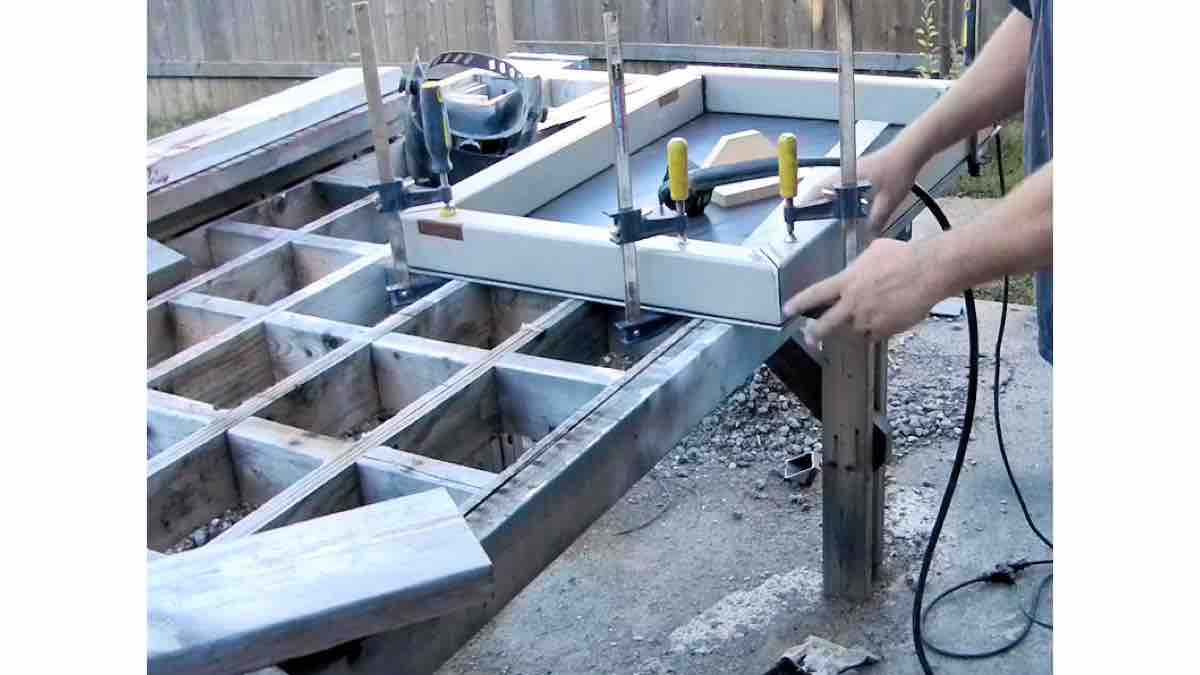 Learn how to DIY an outdoor workbench.