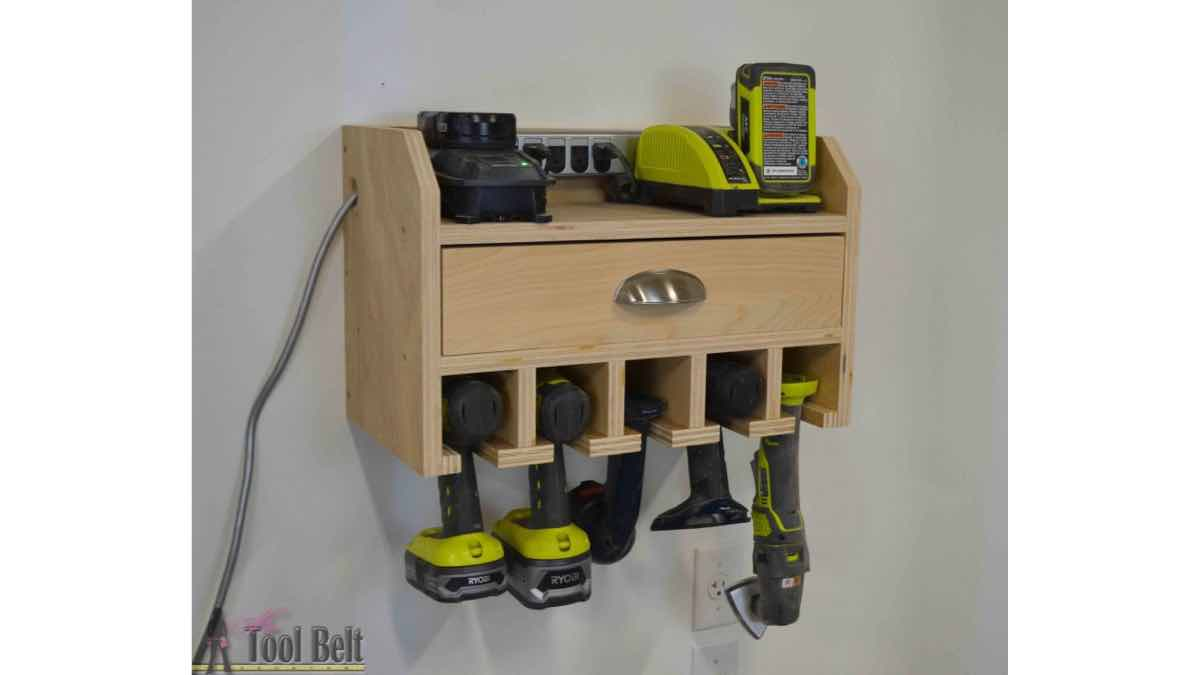 cordless drills,charging center,storage,workshops,diy,free woodworking plans,free projects,do it yourself