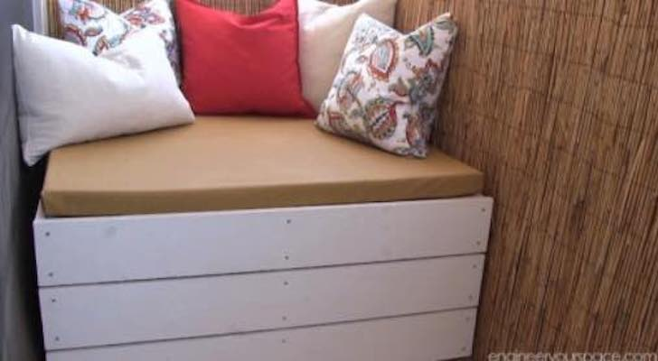 Free plans to build a Bench with Storage.