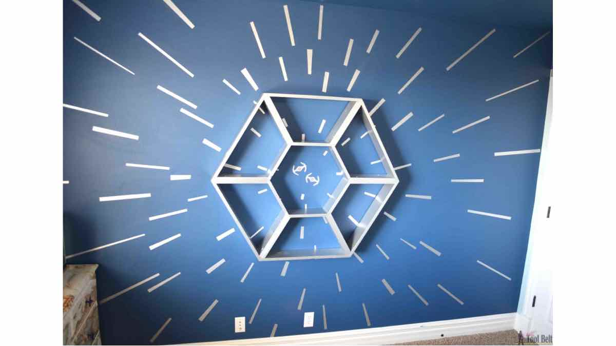 star wars,shelf,wall mounted,diy,free woodworking plans,free projects,do it yourself