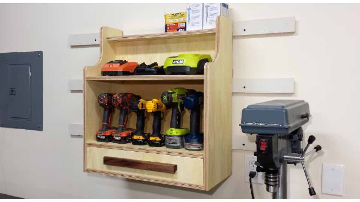 charging centers,workshop projects,diy,free woodworking plans,do it yourself