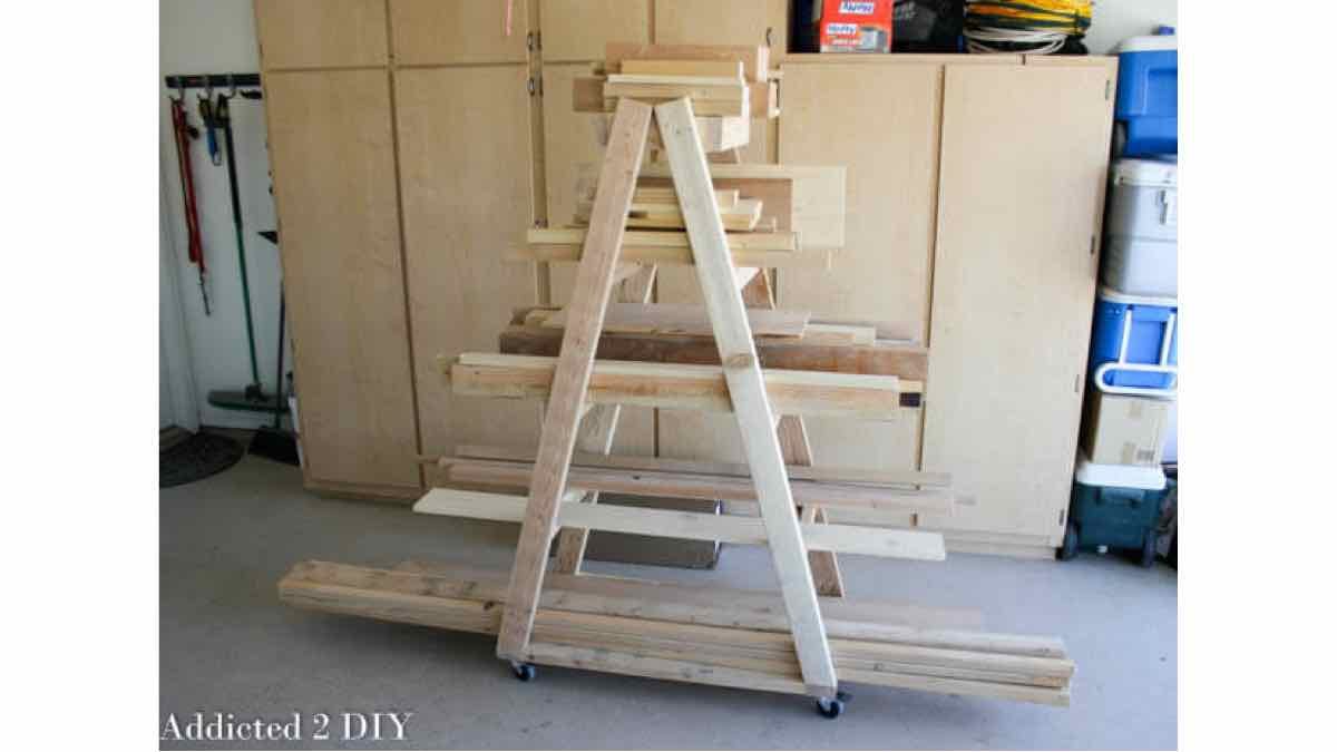lumber racks,workshops,portable,diy,free woodworking plans,free projects,do it yourself