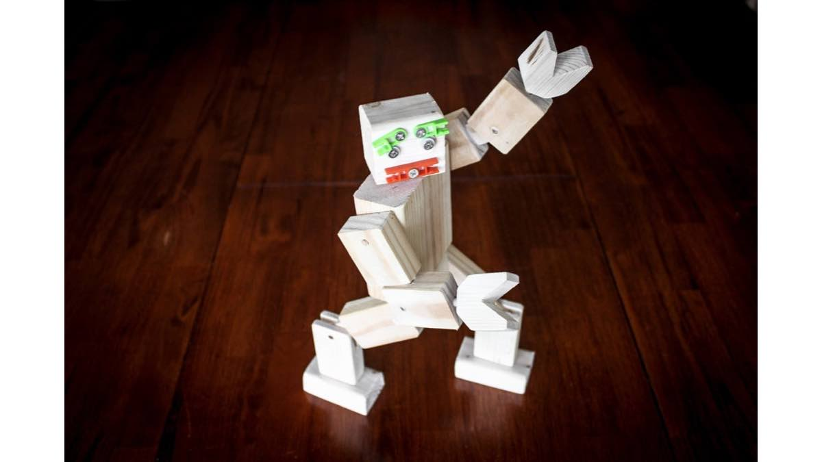 robots,toys,wooden,diy,free woodworking plans,free projects,do it yourself