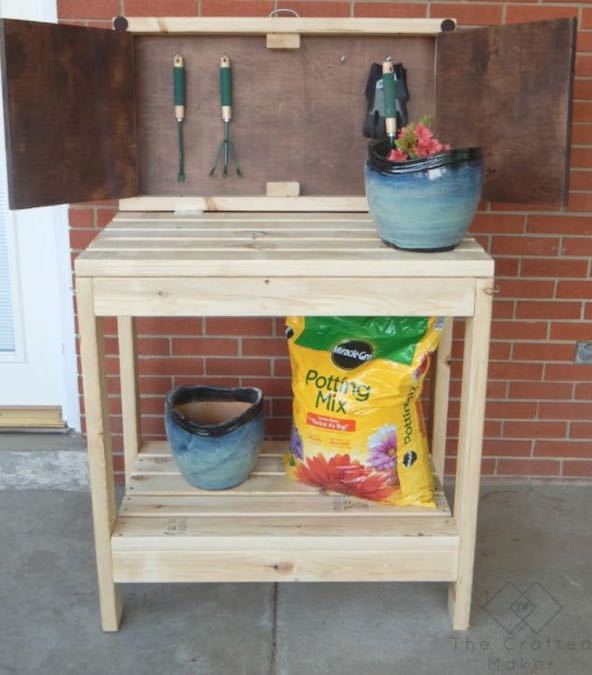 Free plans to build a Hinged Potting Bench.