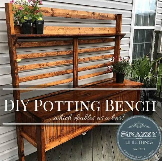 Free plans to build a Snazzy Potting Bench.