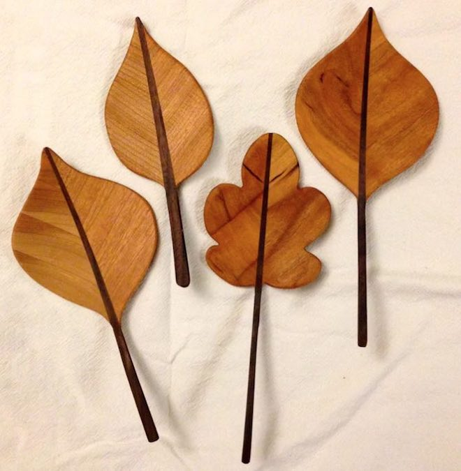 Build Leaves From Wood using free plans.