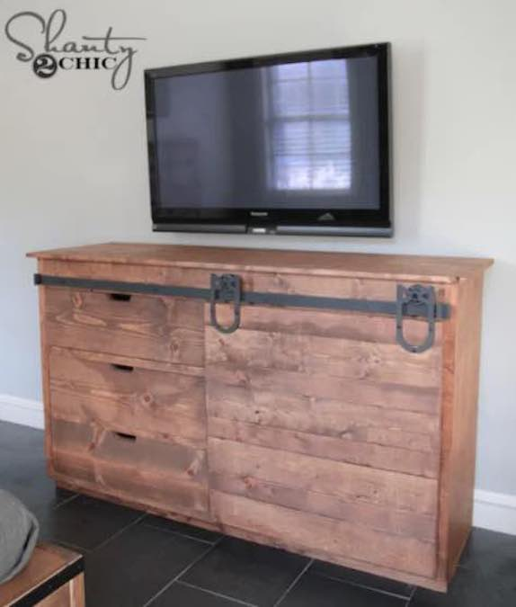 Free plans to build a Sliding Barn Door Console.
