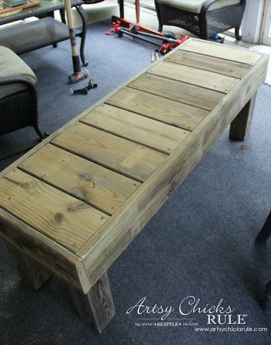 Free plans to build your own outdoor bench.