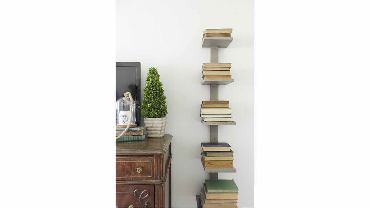 wall mounted,bookshelves,book shelfs,diy,free woodworking plans,free projects,do it yourself