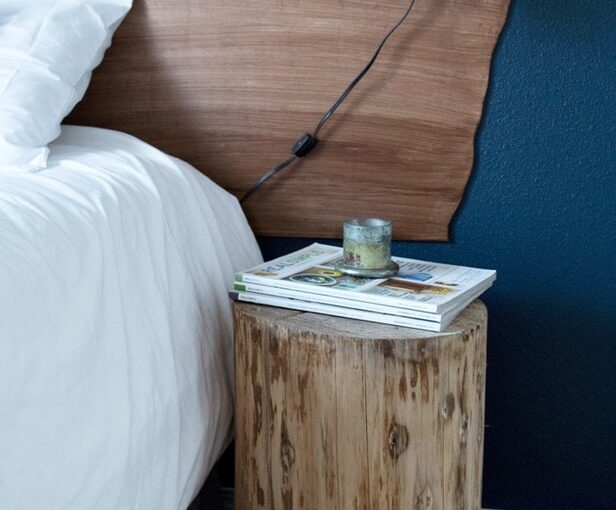 How to build a Faux Shiplap Headboard free project.