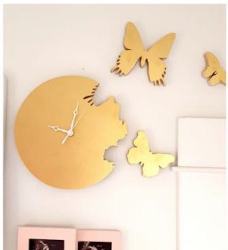 Free plans to build a Butterfly Clock.