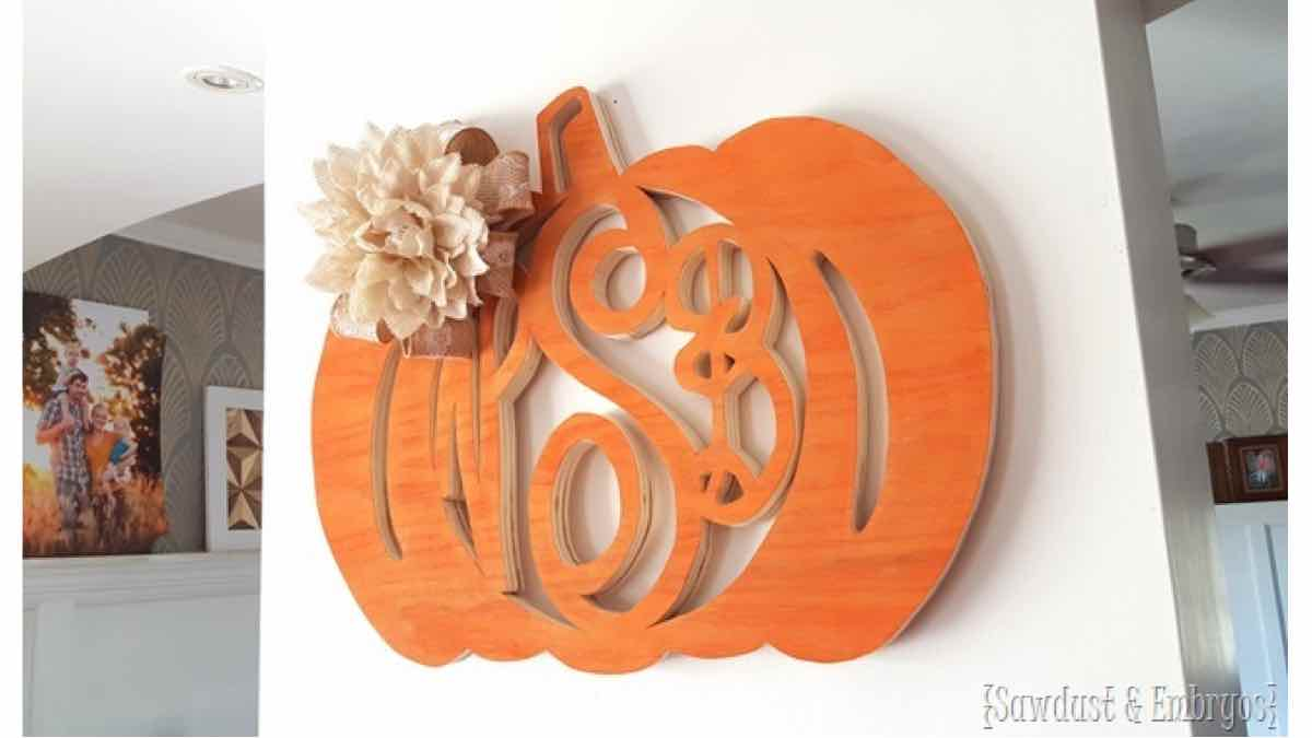 monograms,scroll saws,pumpkins,diy,free woodworking plans,free projects,do it yourself
