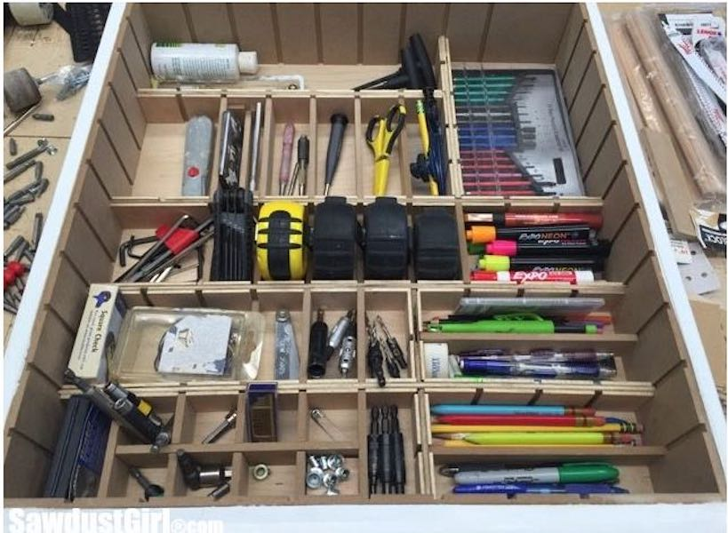 Free plans to build an Adjustable Drawer Divider.