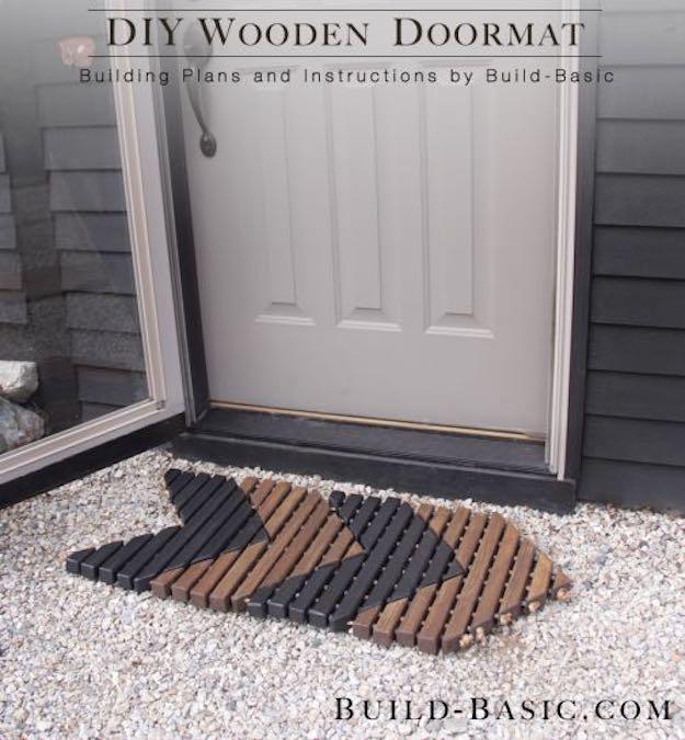 Build a Chevron Door Mat using free plans.