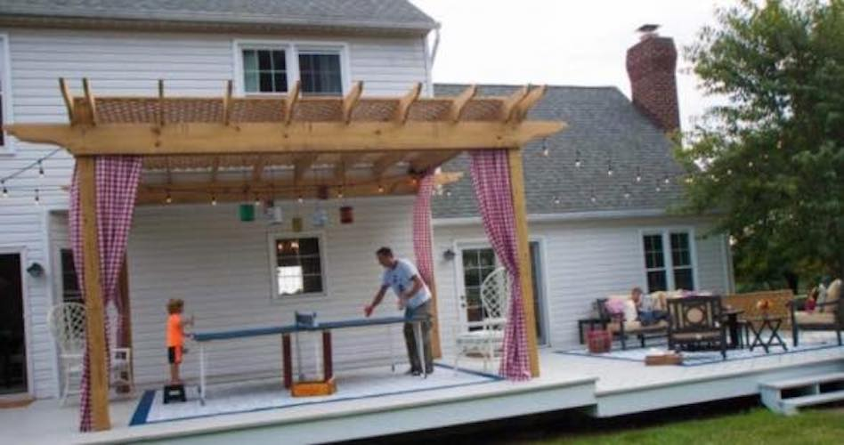 Free plans to build a Pergola Shade Shelter.