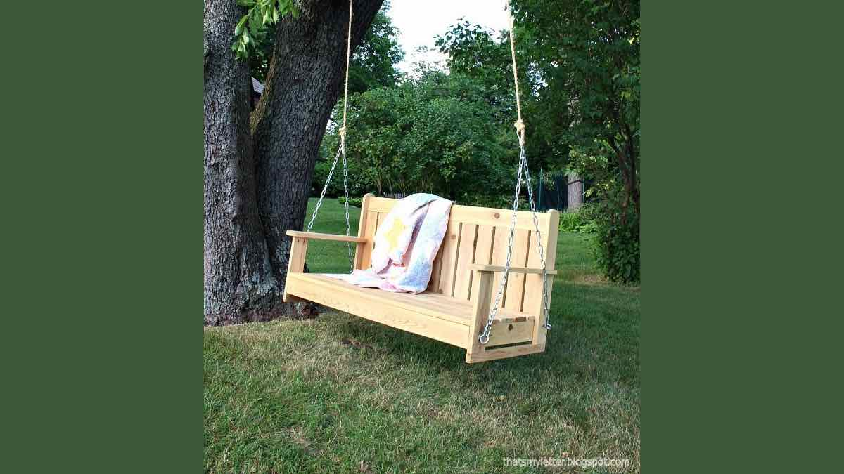 porch seings,cedar,outdoors swings,diy,free woodworking plans,free projects,do it yourself