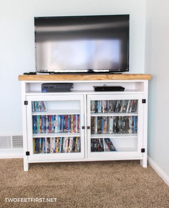 Free plans to build TV Console Using Windows.