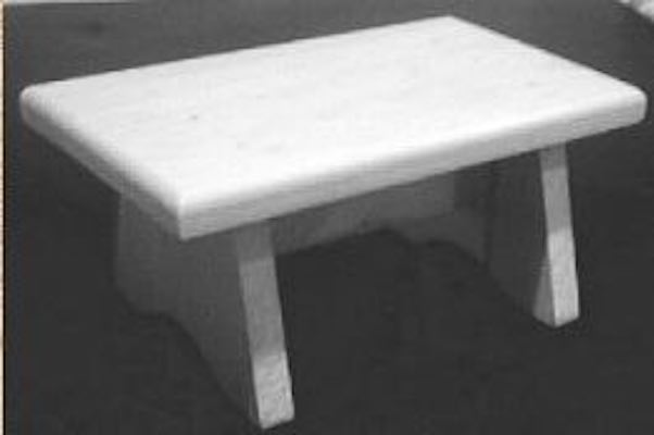 Free plans to build a Simple Footstool.