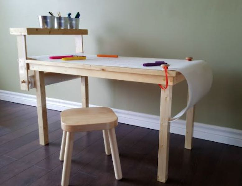 Free plans to build a Craft Table with Paper Roll.