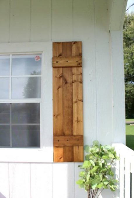 Free plans to build DIY Shutters.