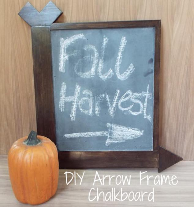 Free plans to build an Arrow Frame Chalkboard.
