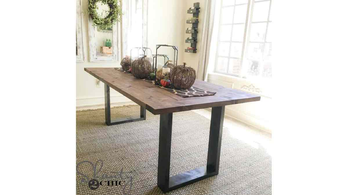 dining tables,furniture,diy,free woodworking plans,free projects,do it yourself