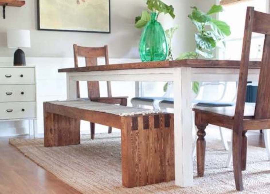 Free plans to build your own Farmhouse Bench.