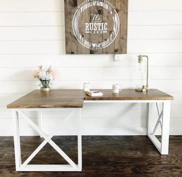 Free plans to build a Corner Desk With Double X.