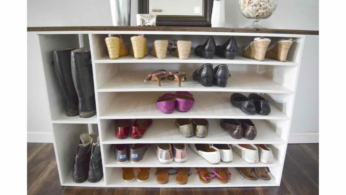 shoe cabinets,shoe storage,diy,free woodworking plans,free projects,do it yourself