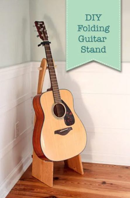 Free plans to build a Folding Guitar Stand.