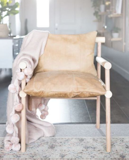 Free plans to build a Dowel Chair.