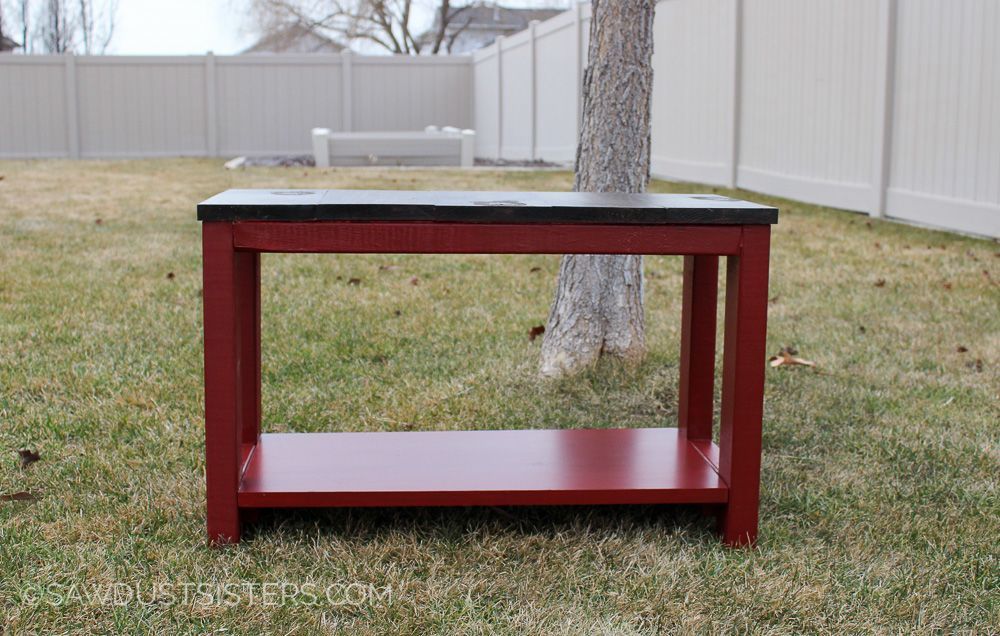 Free plans to build a Mudroom Bench.