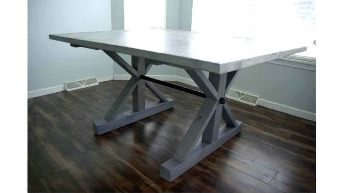 chevro,farmhouse tables,dining room tables,diy,free woodworking plans,free projects,do it yourself