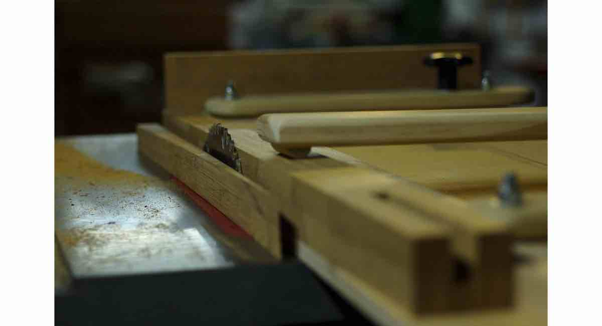 How to Build a Tapering Jig