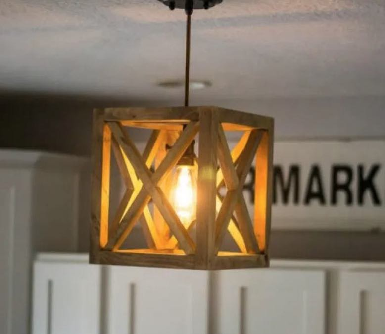 Free plans to build a Wooden Pendant Light.