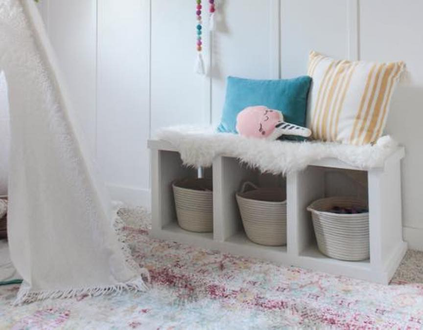 Free plans to build a small Storage Bench.