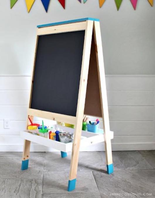 Build an Easel using free woodworking plans.