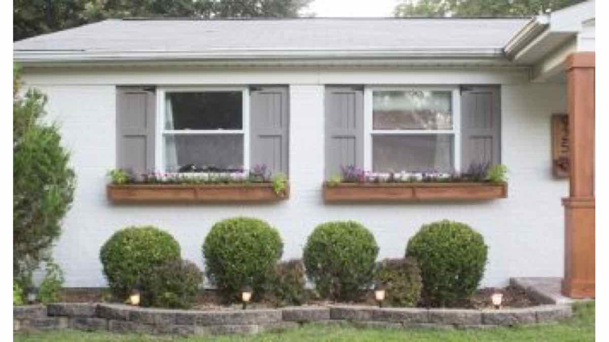 planter boxes,window boxes,window planters,diy,free woodworking plans,free projects,do it yourself