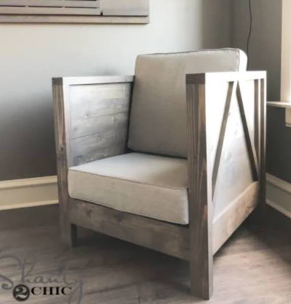 Free plans to build a Club Chair.