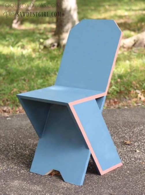 Free plans to build a Plank Chair.