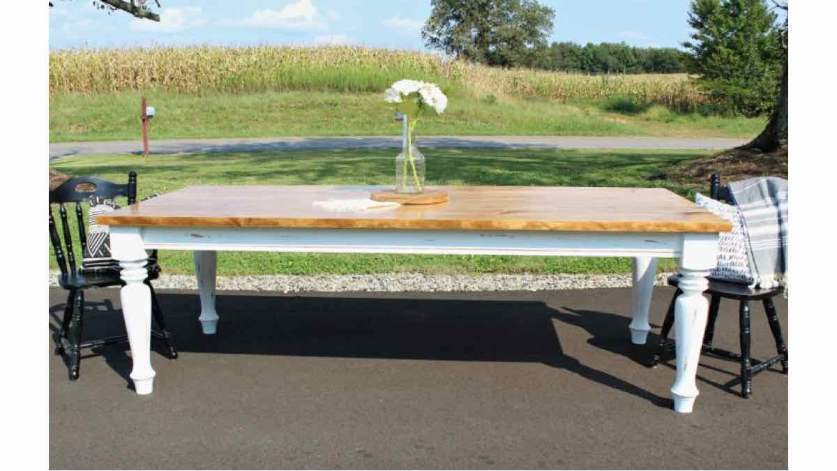 farmhouse dining tables,furniture,diy,free woodworking plans,free projects,do it yourself
