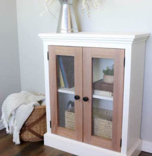Free plans to build a Farmhouse Cabinet.