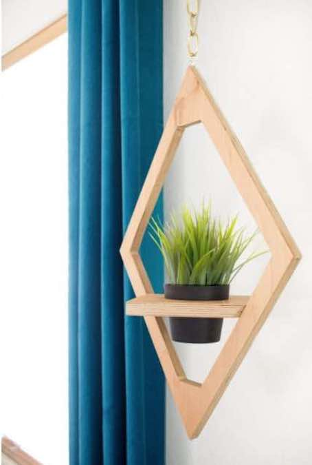 Free plans to build your own Plant Hanger.