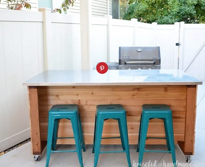 Free plans to build an Outdoor Kitchen Island.