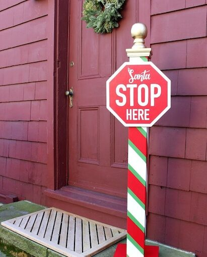 Santa Stop Sign Yard Art