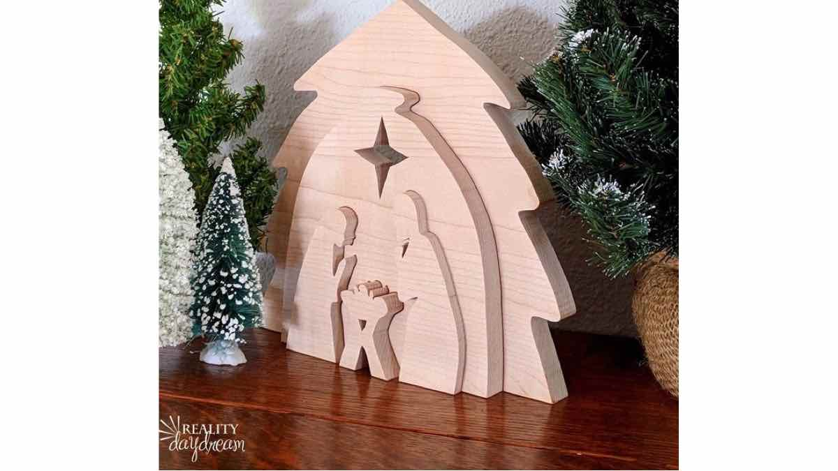 nativity,christmas,scroll saws,diy,free woodworking plans,free projects,do it yourself
