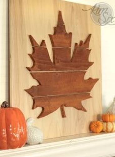 Free plans to build Maple Leaf Silhouette Art.