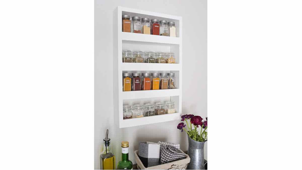 wall mounted spice racks,spice racks,kitchem racks,diy,free woodworking plans,free projects,do it yourself