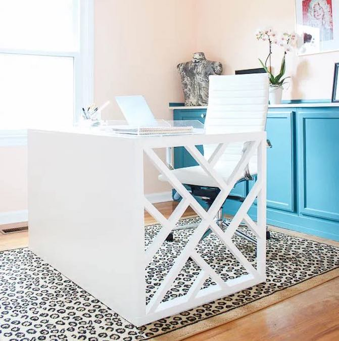 Free plans to build a Chippendale Desk.