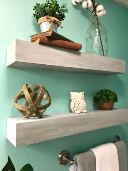 Free plans to build a Seamless Floating Shelf.